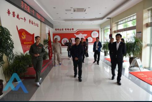 四川南充市委宣传部常务副部长陈功全一行到阆中电力公司调研思想文化工作